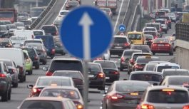 Аварії і масштабні затори скували Київ. Які вулиці варто оминати 16 липня