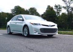 Toyota Avalon із США – що це за автомобіль