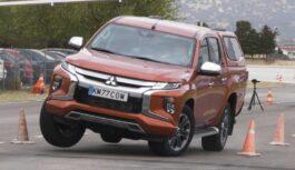 Mitsubishi L200 провалив «лосиний тест»